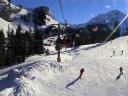 Skiers at Les Lindaret